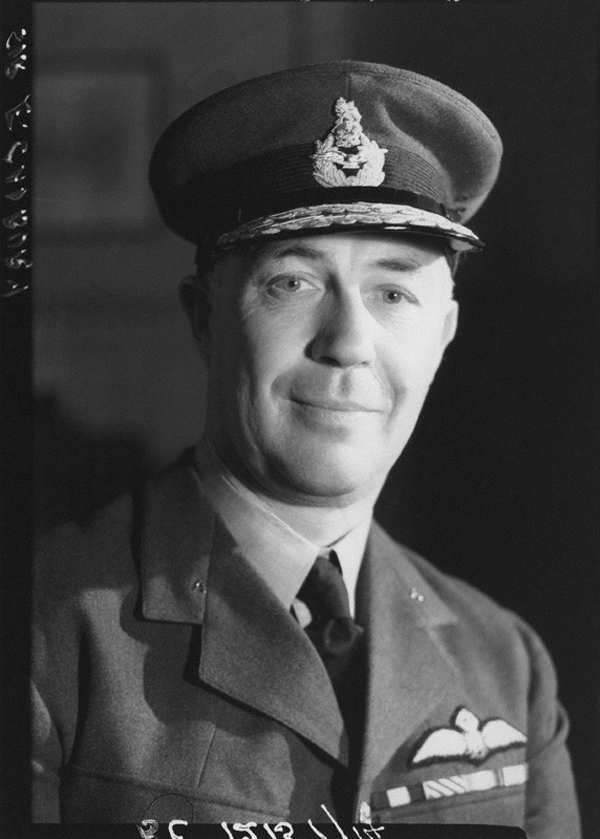 Like Leckie, Egbert Cadbury already had one airship to his credit when they teamed up against L.70 on August 5, 1918. In this 1943 image, Cadbury was serving as honorary air commodore of No. 928 (County of Gloucester) Squadron, a Balloon Barrage Squadron of the Auxiliary Air Force. (national portrait gallery, london)