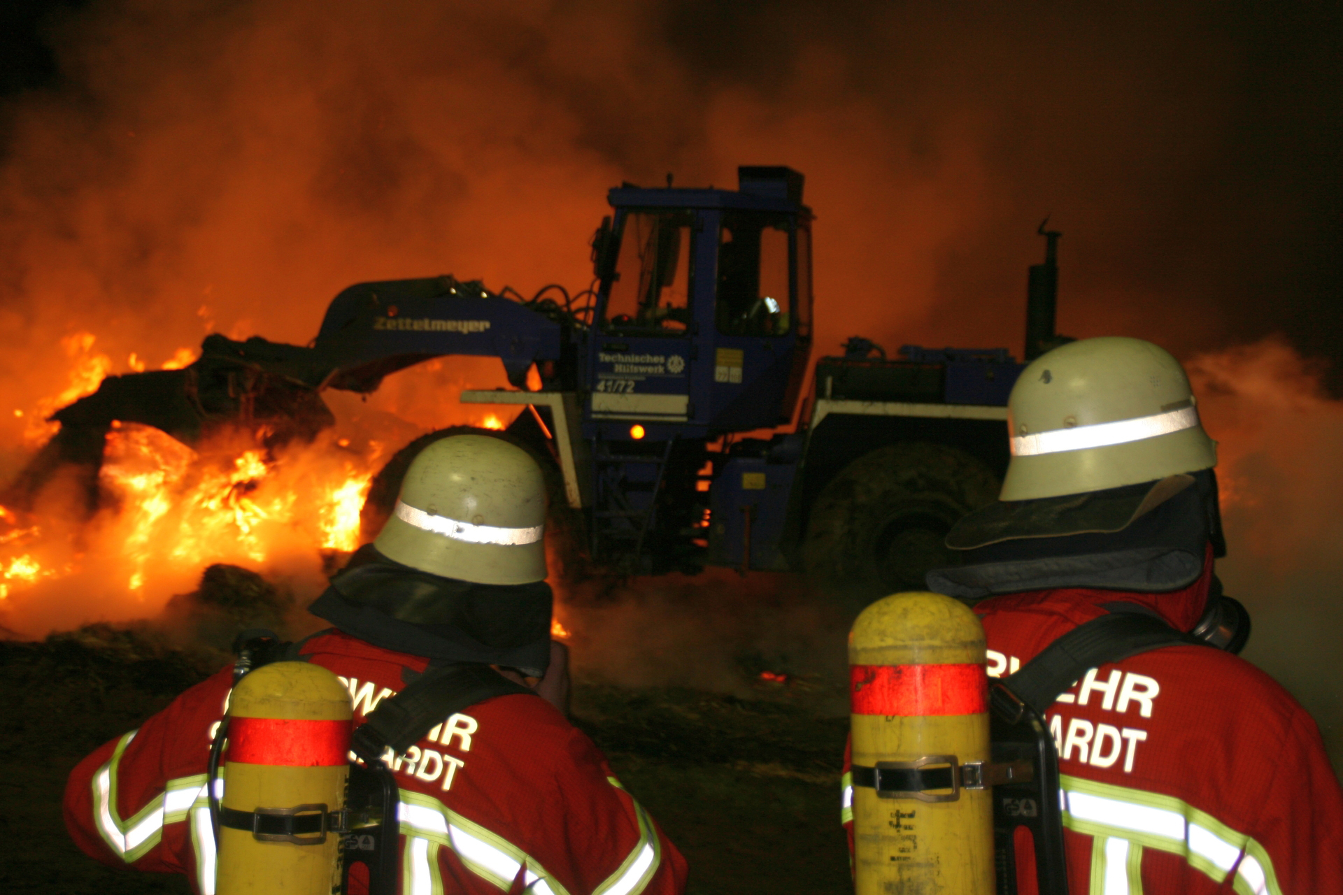 The German Federal Agency for Technical Relief (Technisches Hilfswerk, or THW) is an operational volunteer-based    civil protection organization that operates under the Ministry of the Interior. According to THW, the use of modern equipment and well-trained specialists in a number of sectors — from supporting the fire brigade (pictured, working on a high-intensity fire) and flood relief to urban search and rescue — account for the agency's high efficiency. (THW)