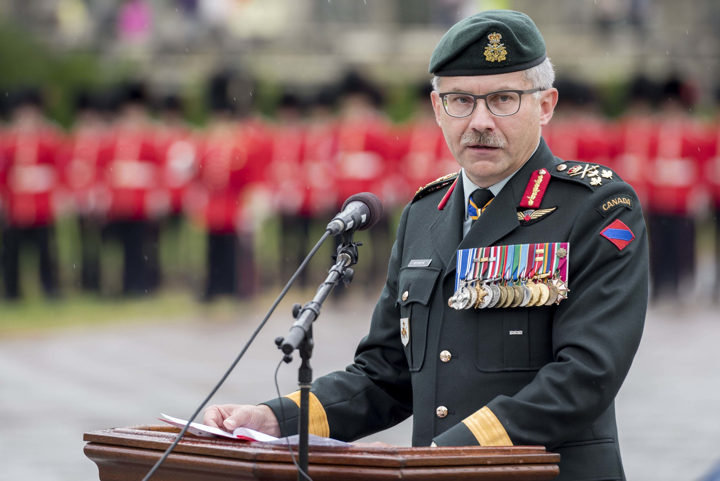 Lieutenant-General Paul Wynnyk addresses the crowd in attendance during the official Commander of the Canadian Army Change of Command Ceremony that was held on Parliament Hill in Ottawa, on July 14, 2016. The parade marked the formal hand-over of the leadership of the Canadian Army from Lieutenant-General Marquis Hainse to Lieutenant-General Paul Wynnyk. (cpl andrew wesley, directorate army public affairs)