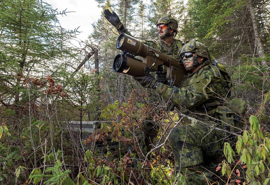 Soldiers from 4th Artillery Regiment (General Support), Royal Canadian Artillery participate in Exercise TURBULENT WINDS in the training area of 5th Canadian Division Support Base Gagetown in New Brunswick, on October 27, 2017. Photo: Corporal Peter Ford, Combat Training Centre ©2018 DND/MDN Canada.