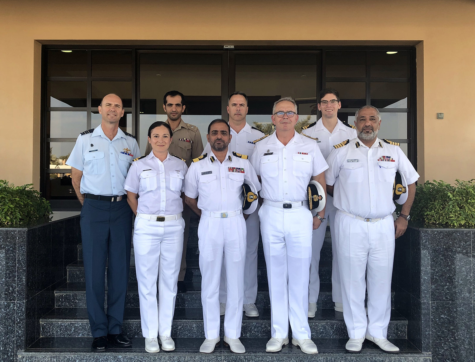 Commodore Garnier and supporting members of the Canada-led CTF 150 Task Force meet with the Royal Oman Navy in Muscat, Oman, on December 30, 2018.
