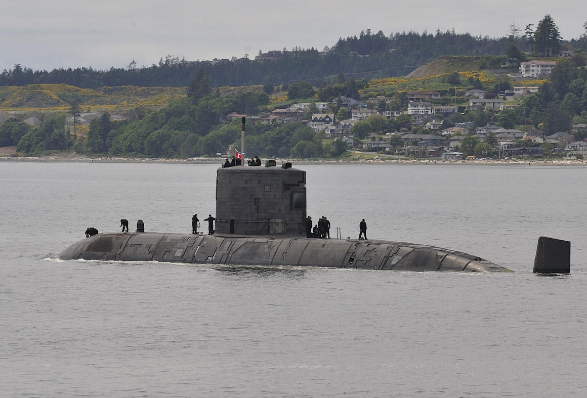 HMCS Corner Brook will become the first Royal Canadian Navy submarine to be equipped with the Universal Modular Mast.