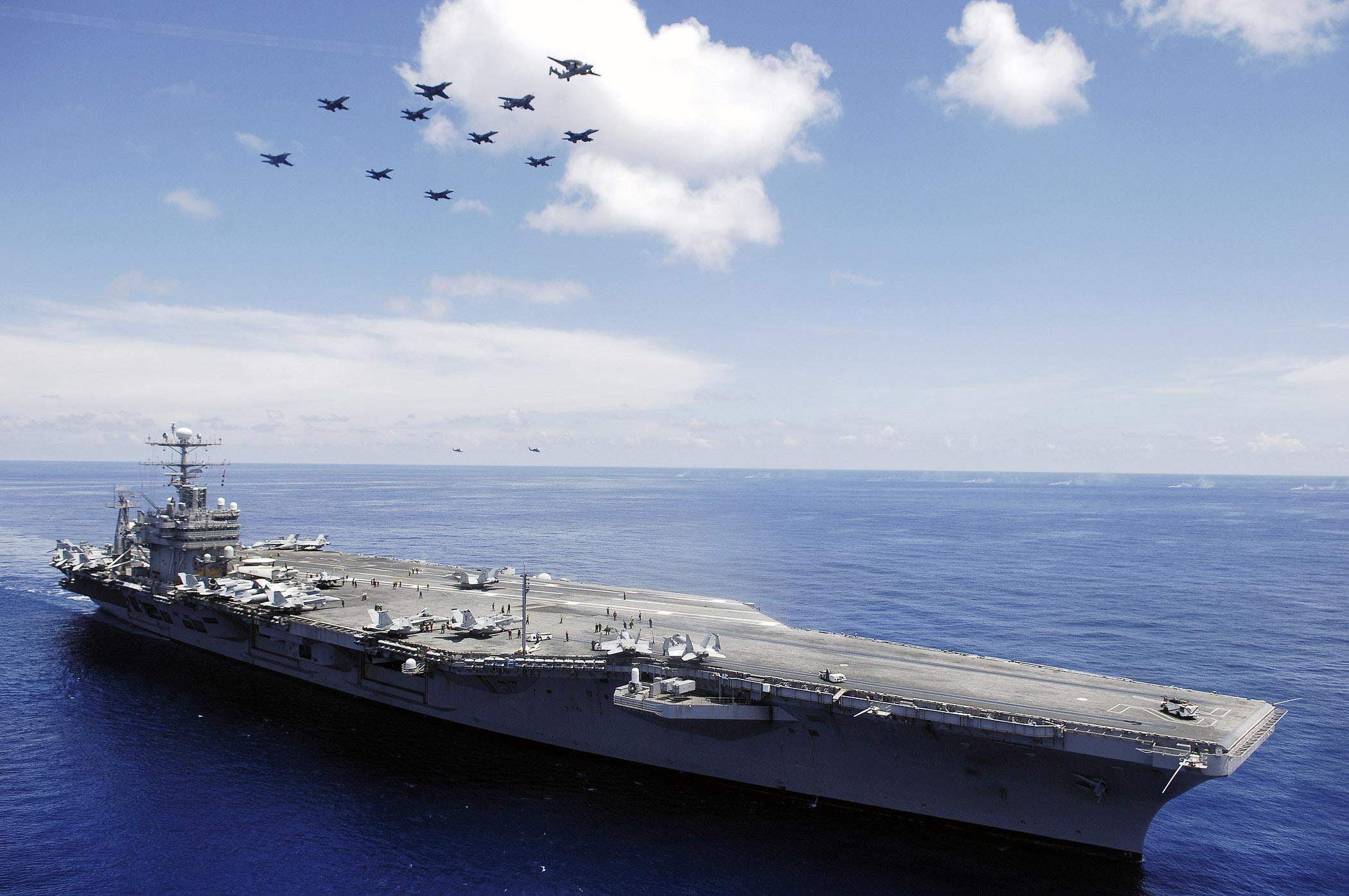 USS_Abraham_Lincoln(CVN_72).jpg