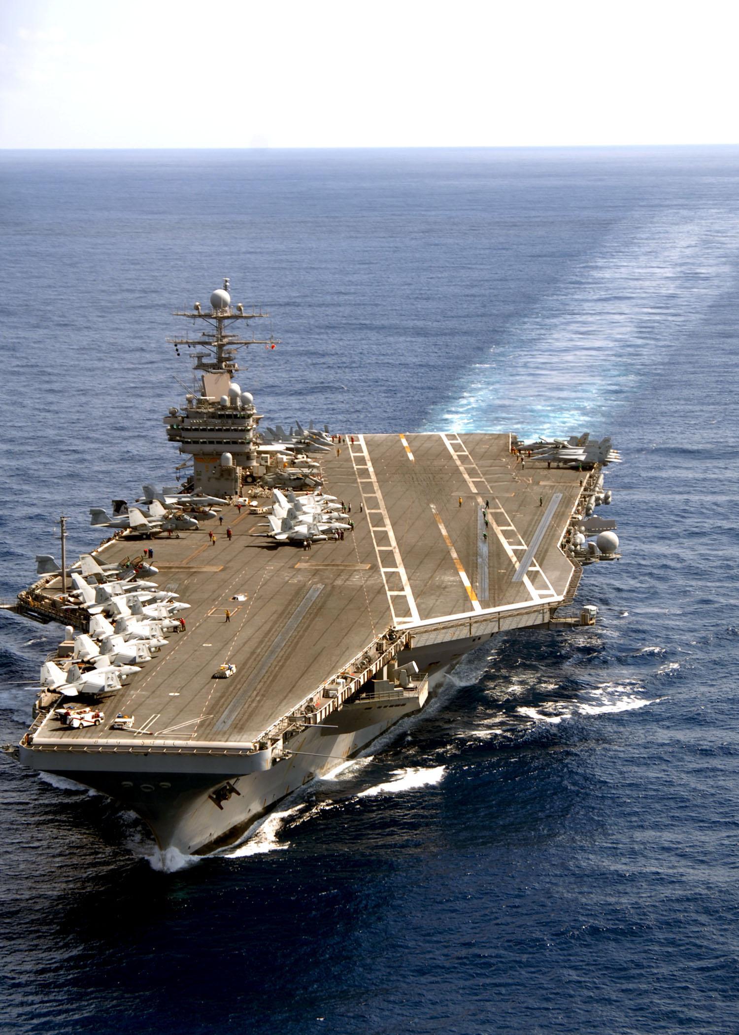 USS_Theodore_Roosevelt_at_sea.jpg