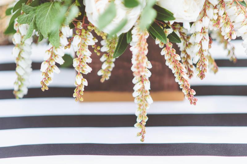 white and black wedding design, white and black wedding flowers, studio fleurette.jpg