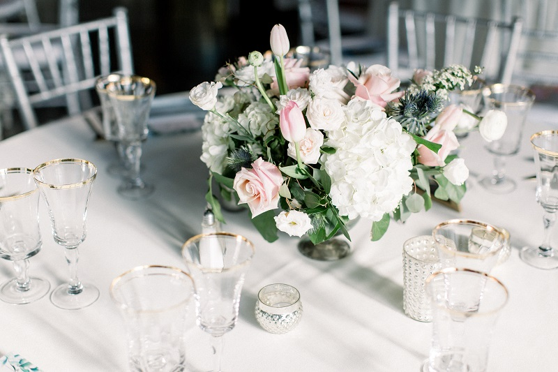 mixed metals wedding, studio fleurette, pink and white floral centerpice, muse event center.jpg