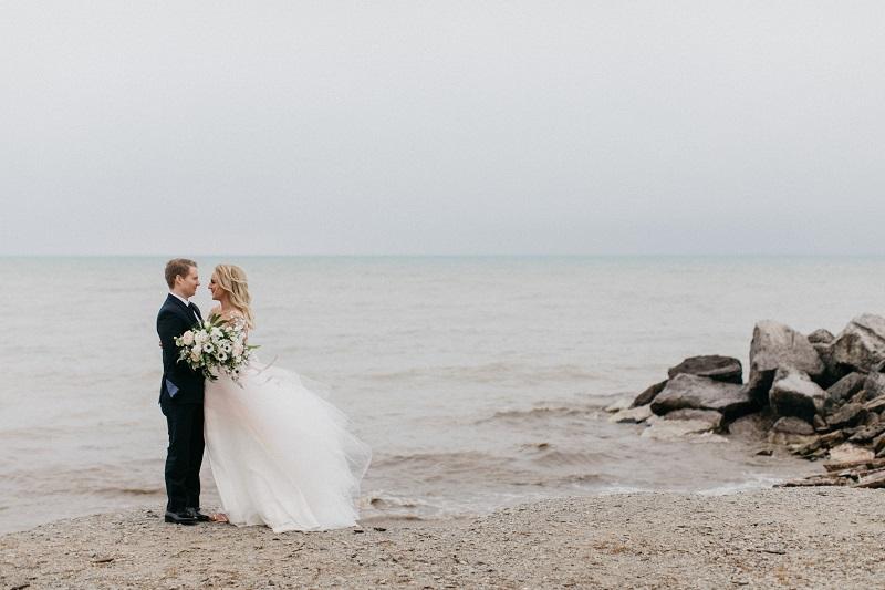wisconsin wedding florist, studio fleurette, lake michigan wedding, genoh photography, minneapolis wedding florist.jpg