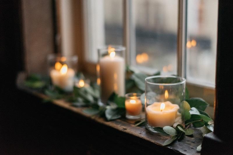 candle styling window ledge, studio fleurette, milwaukee urban wedding, mn florist, minneapolis florist.jpg
