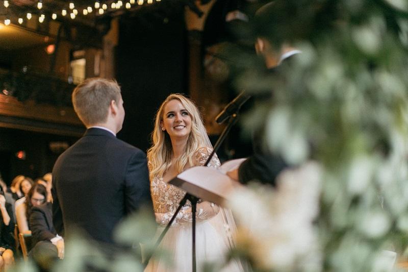 milwaukee urban wedding, studio fleurette, genoh photography, turner hall ballroom, minneapolis florist.jpg