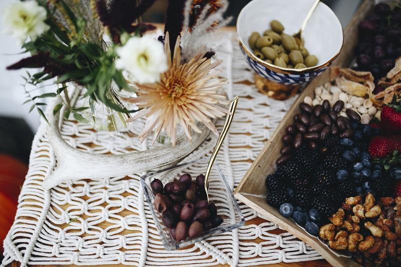 boho flowers, studio fleurette, mn florist, bohemian centerpiece, minneapolis florist