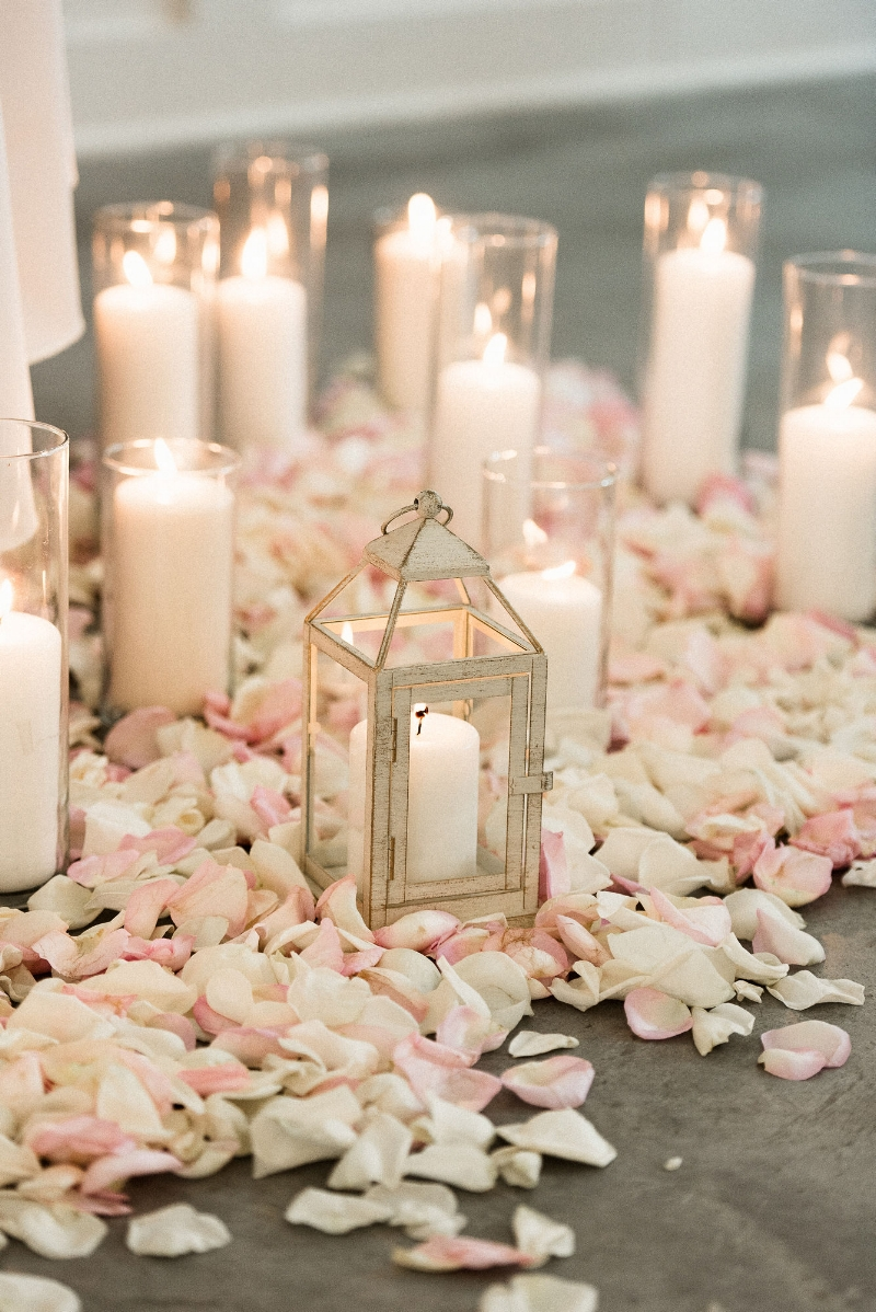 rose petals, hutton house wedding, studio fleurette