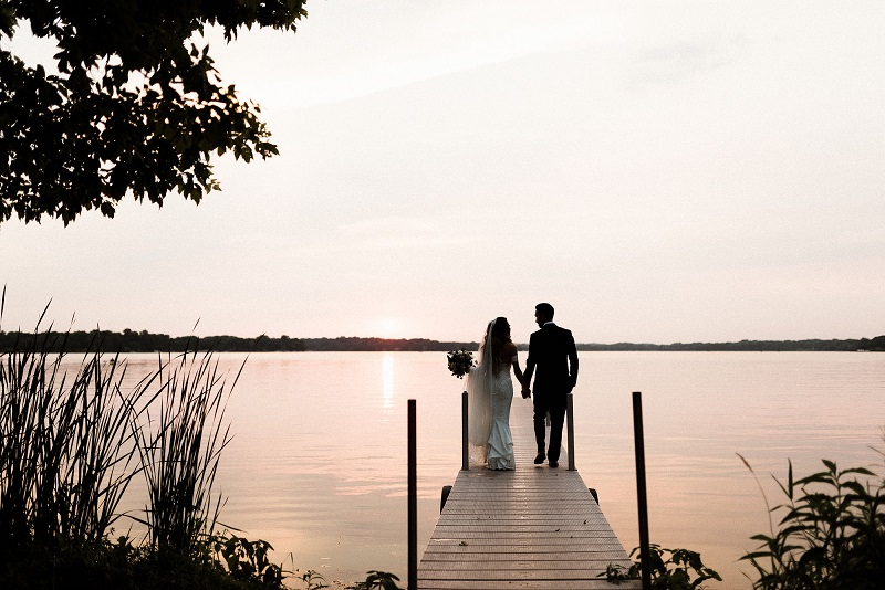 medicine lake minnesota wedding, studio fleurette, the hutton house mn.jpg