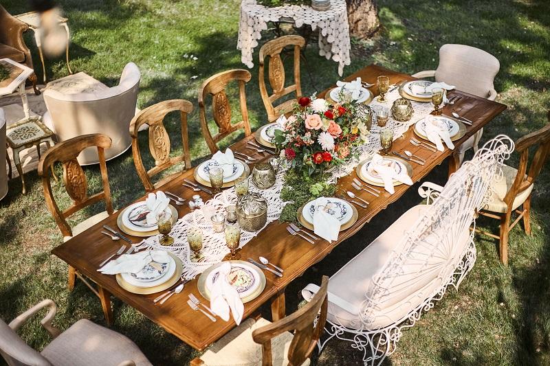 bohemian table styling, studio fleurette, colorful boho flowers, mn florist.jpg