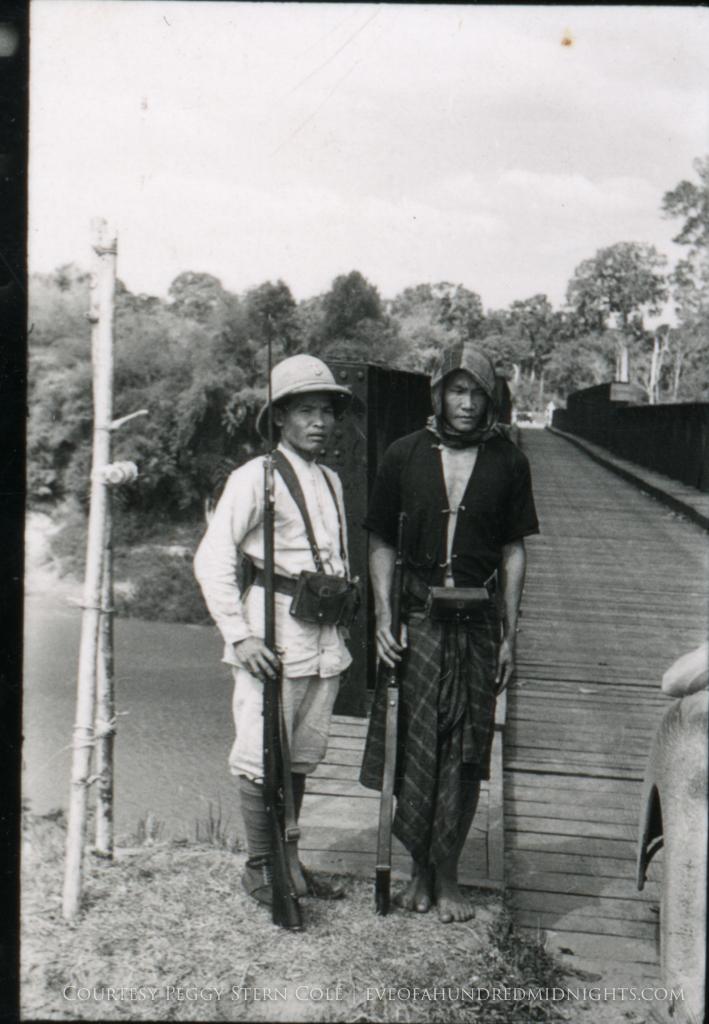Indochina Soldiers guarding Bridge.jpg