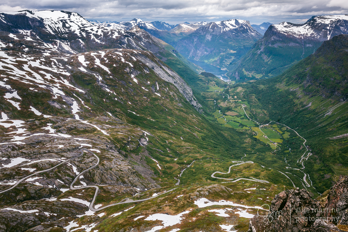 The view of Geiranger in the distance from Dalsnibba.