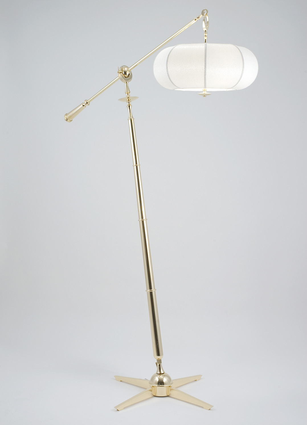 Gustav Floor Light