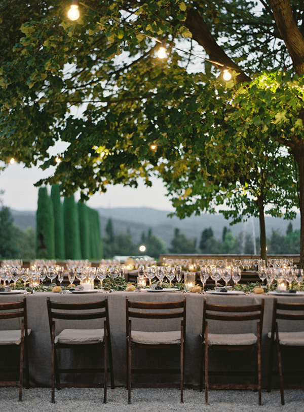 elgant-destination-wedding-reception-tables.jpg