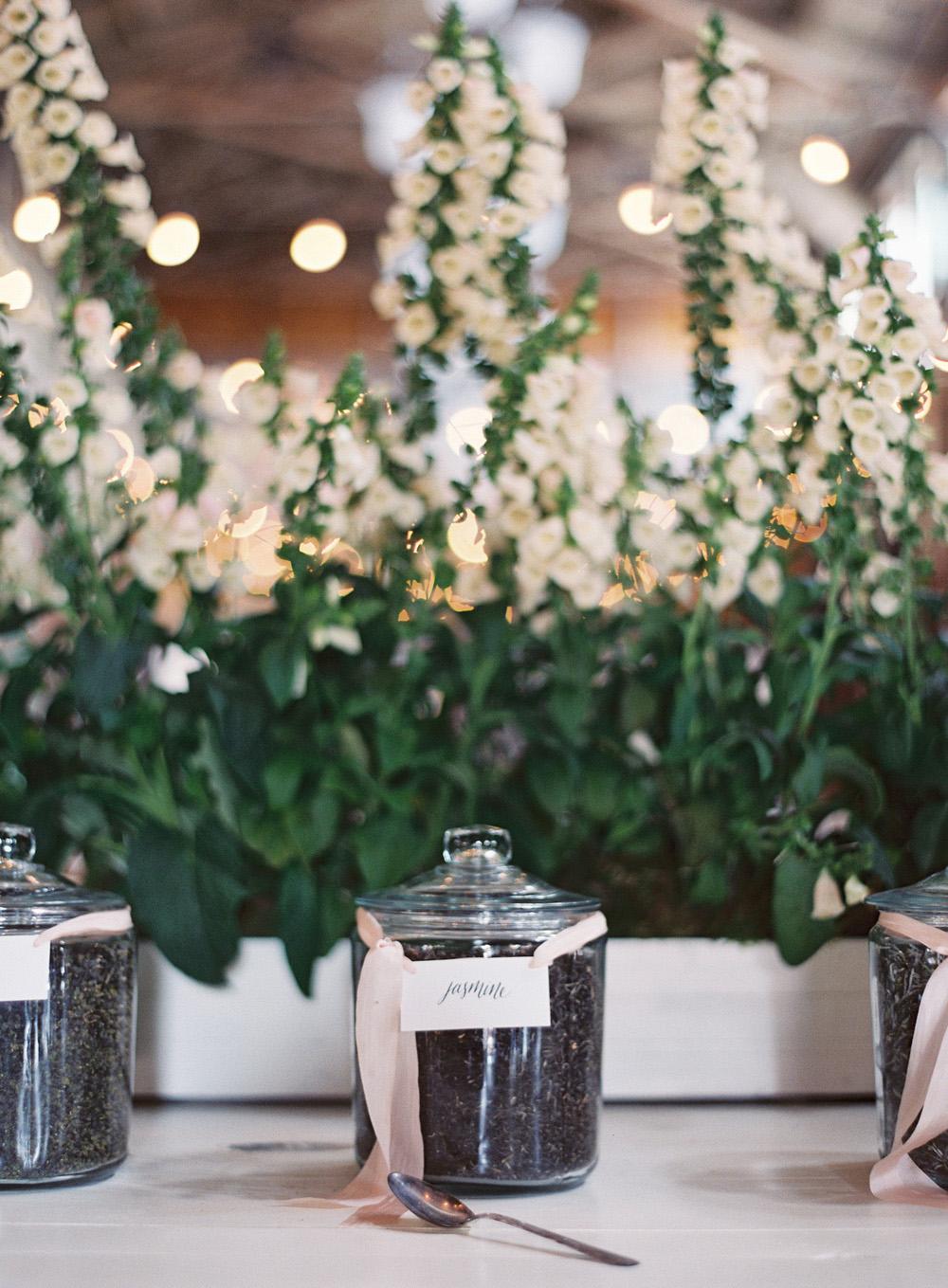 Wedding_BryceCovey_Seattle_Film_0088a.jpg