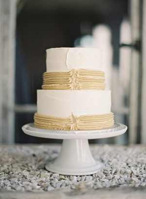 vintage-wedding-cake.png