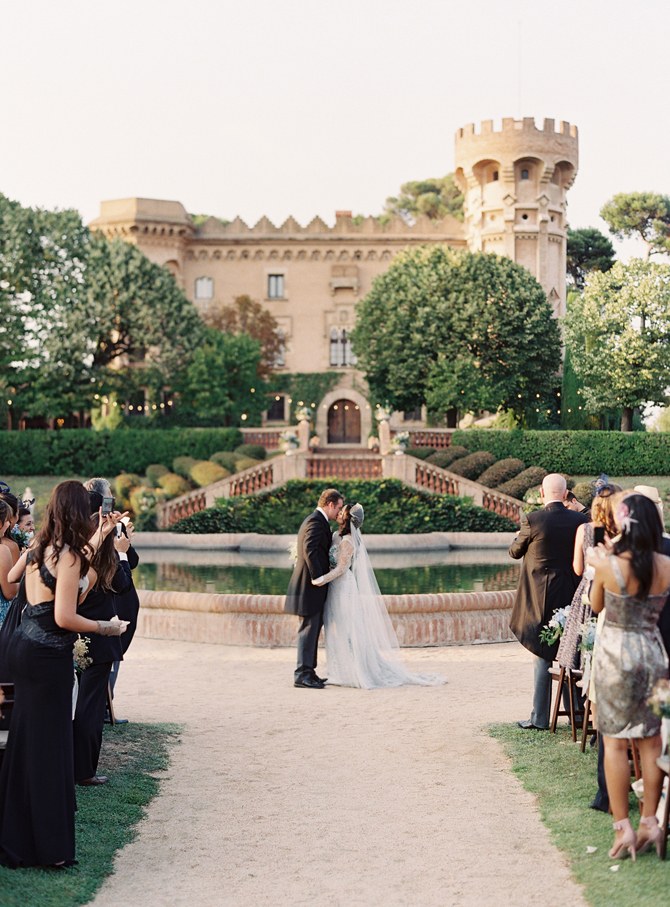 elegant-barcelona-destination-wedding.jpg