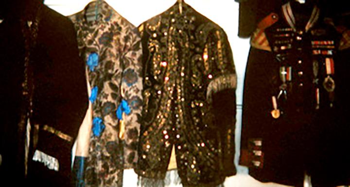 costumes_small-1.jpg