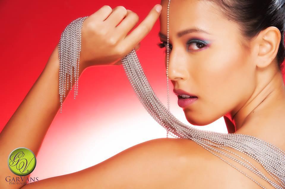 Model Nina Kozok Copyright Garvans Photography