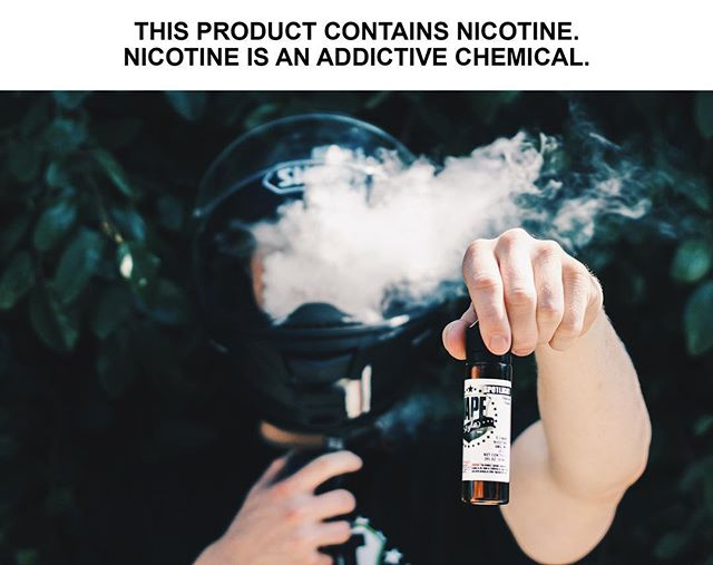 The spotlight is hot on this smooth tobacco flavor! • • • #thevapourlounge #bluelabelelixir #vapestyle #vapewithstyle #vapelife #vapedaily #vapeon #vapeporn #vapehead #vapehard #vape #spotlight #ejuice #eliquid