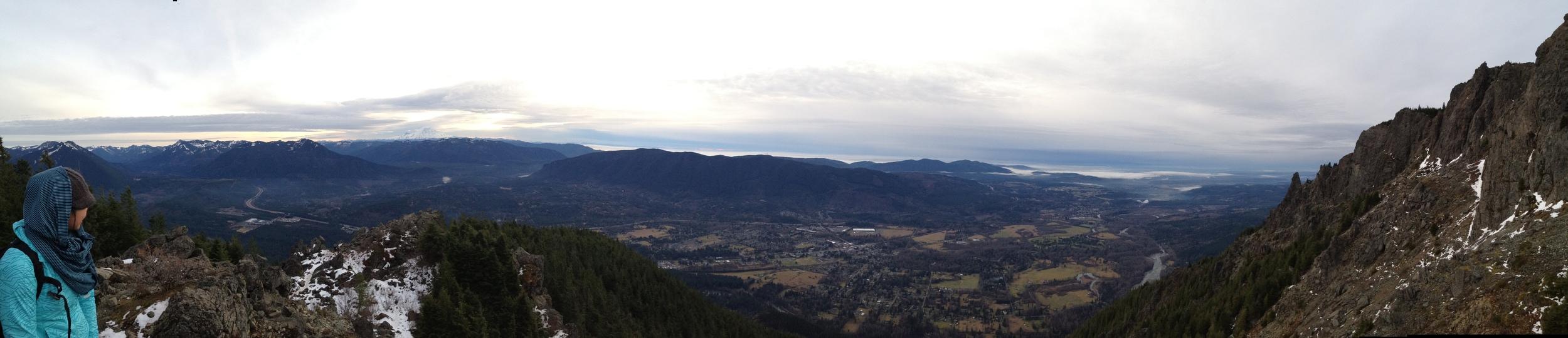 8 miles round trip, 4,160 feet up.