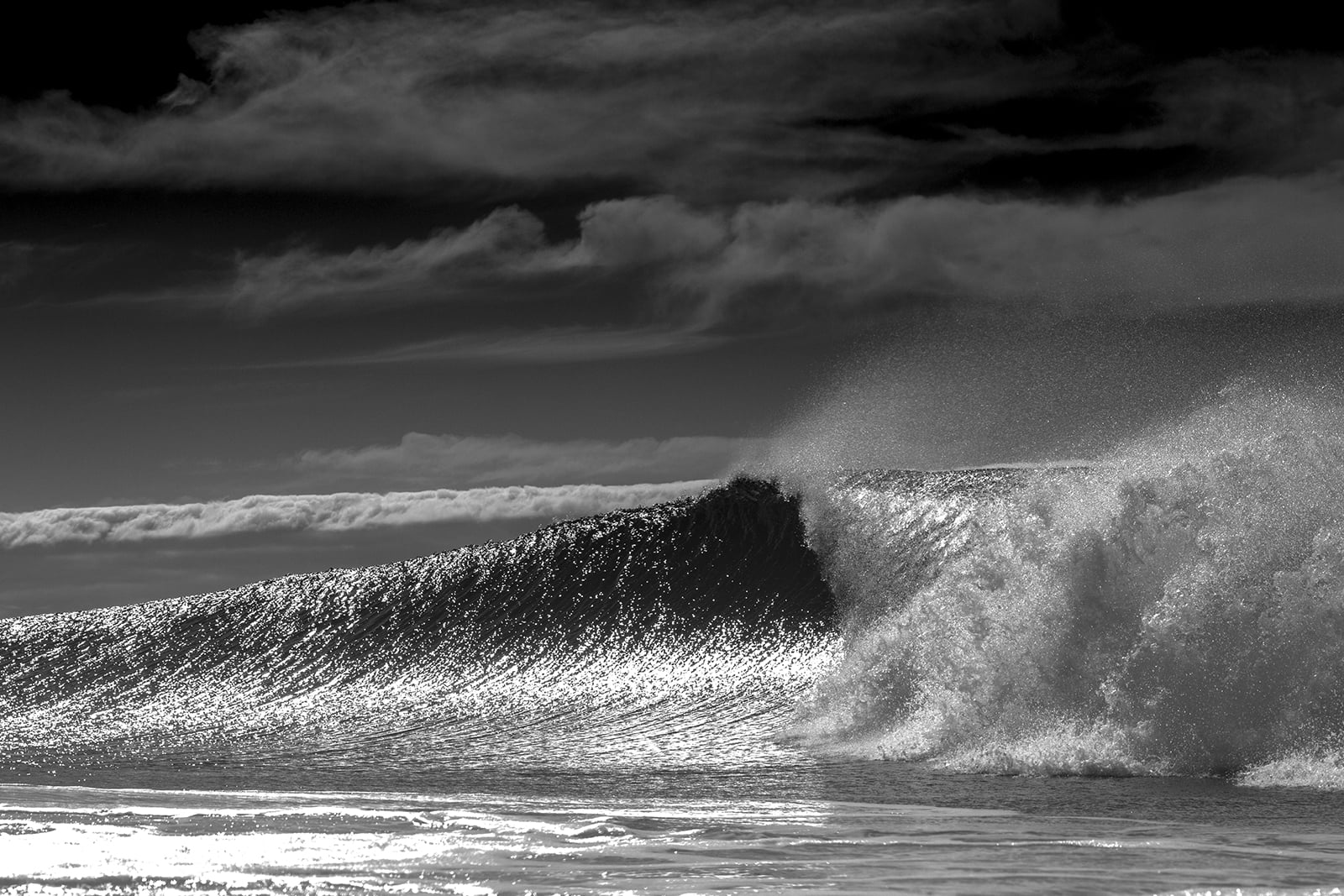 blackandwhite wave.jpg