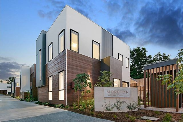 Excited to announce our design for Moreton Townhomes has won QLD UDIA Awards for Medium Density Housing 2019.  Congratulations @tessa_developments !  #tessadevelopments #UDIA #UDIAAwards #Townhouse #reddoorarchitecture