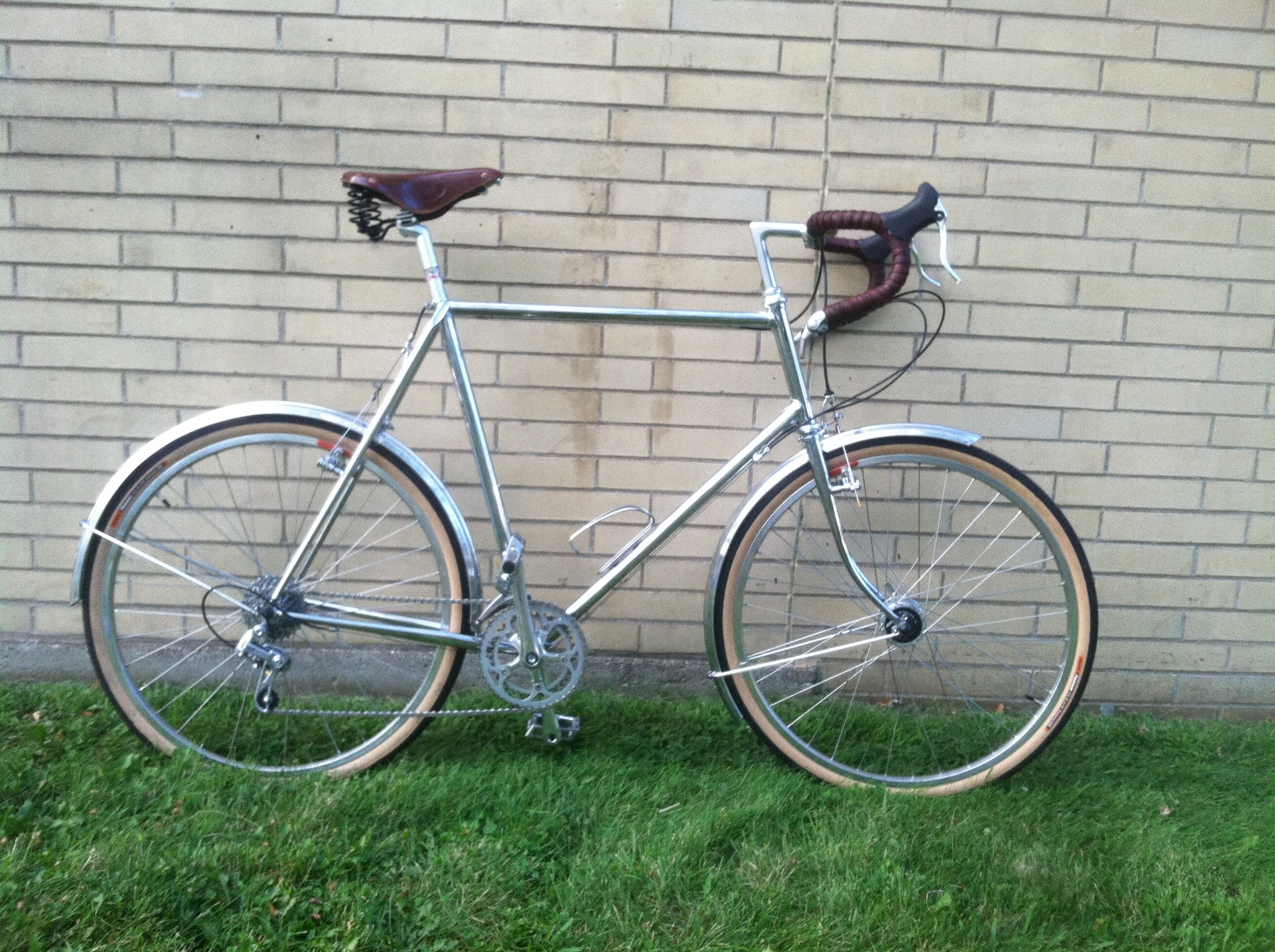 Fully chromed Prairie Crow road frame built a True Temper tubeset and Henry James lugs. The customer's daily driver.