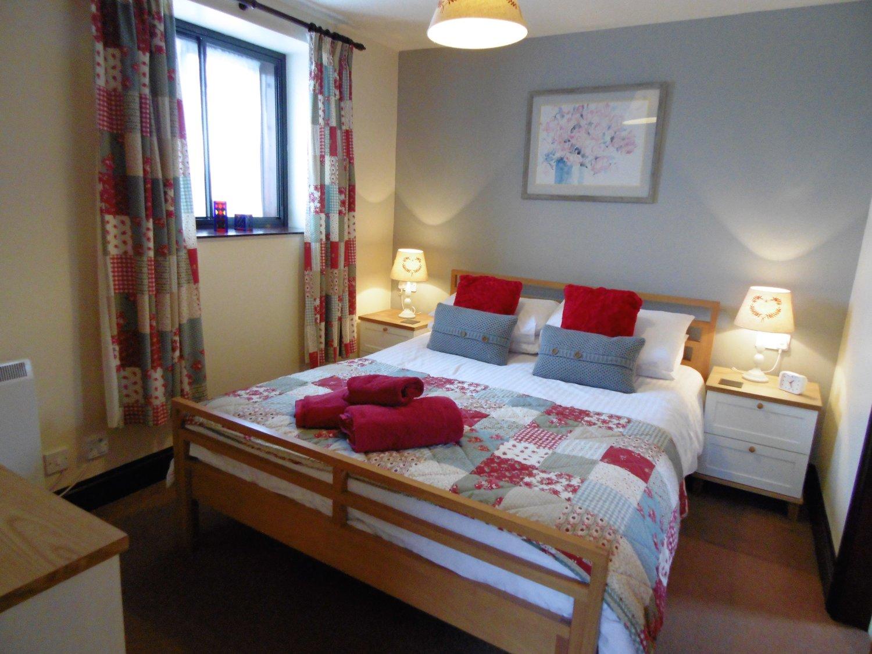 Ploughmans Bedroom.jpeg