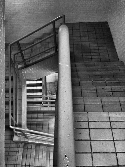 """{""""source"""":"""" Do you have stairs in your house?  © 2013 Tham Jing Wen . All rights reserved. """",""""engine"""":""""wysiwyg"""",""""html"""":"""" Do you have stairs in your house?  © 2013 Tham Jing Wen . All rights reserved. """"}"""