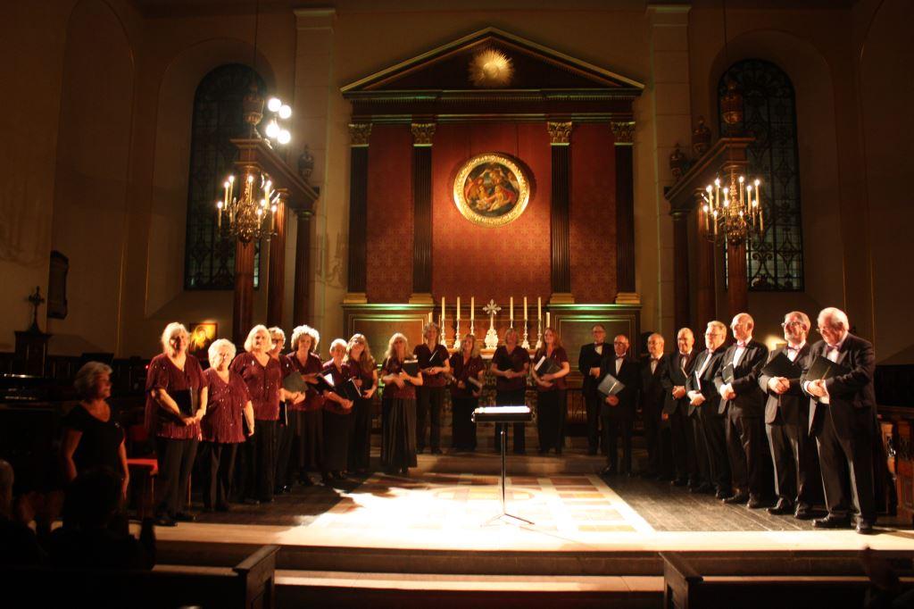 The Maidsone Singers (2) 19.06.17.JPG