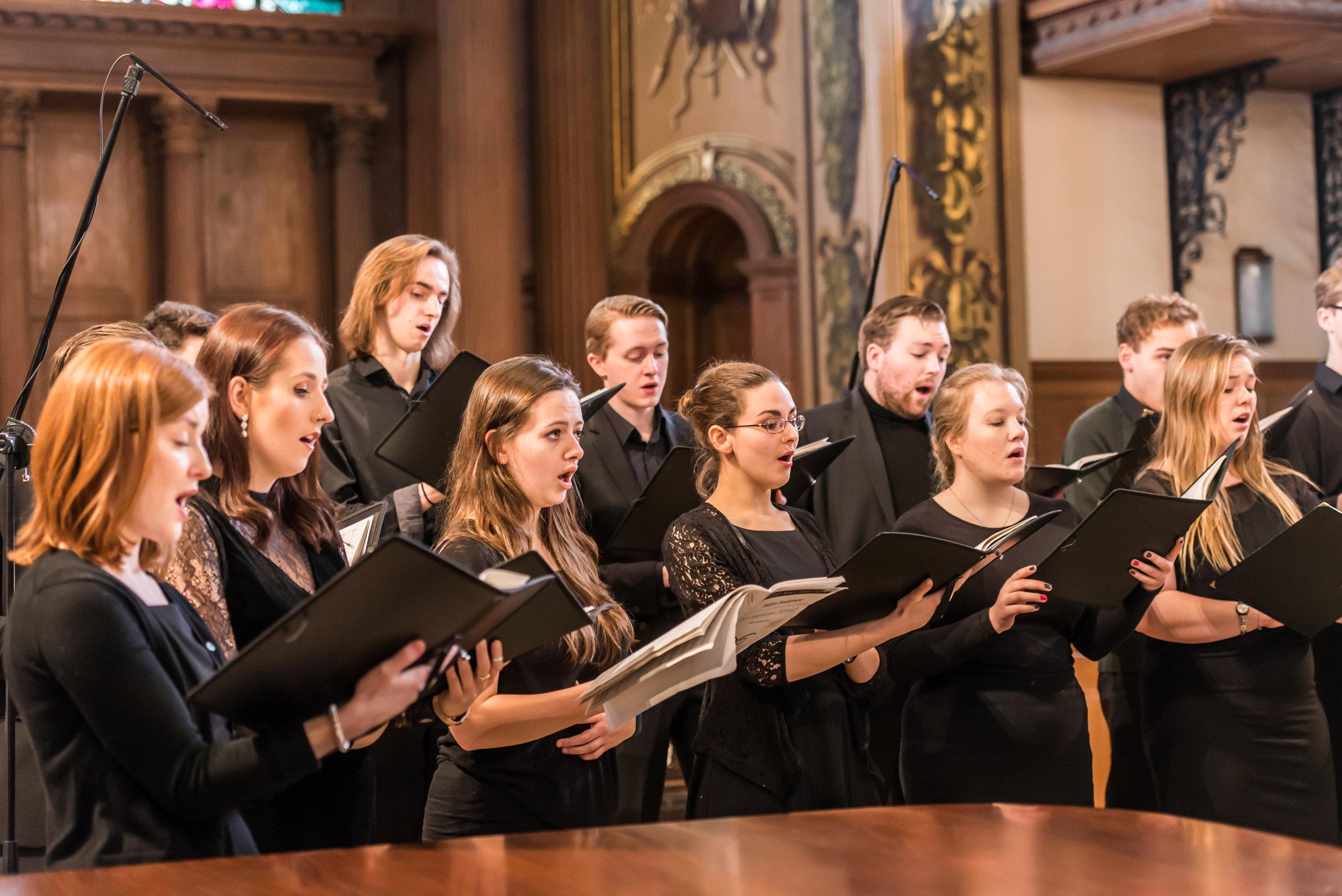 Chamber_Choir_St_Alfege_17_LC_38.jpg