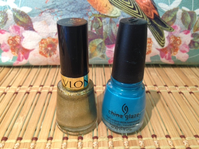 My last favorite look...Metallic gold or silver on fingers and something crazy like blue on toes.