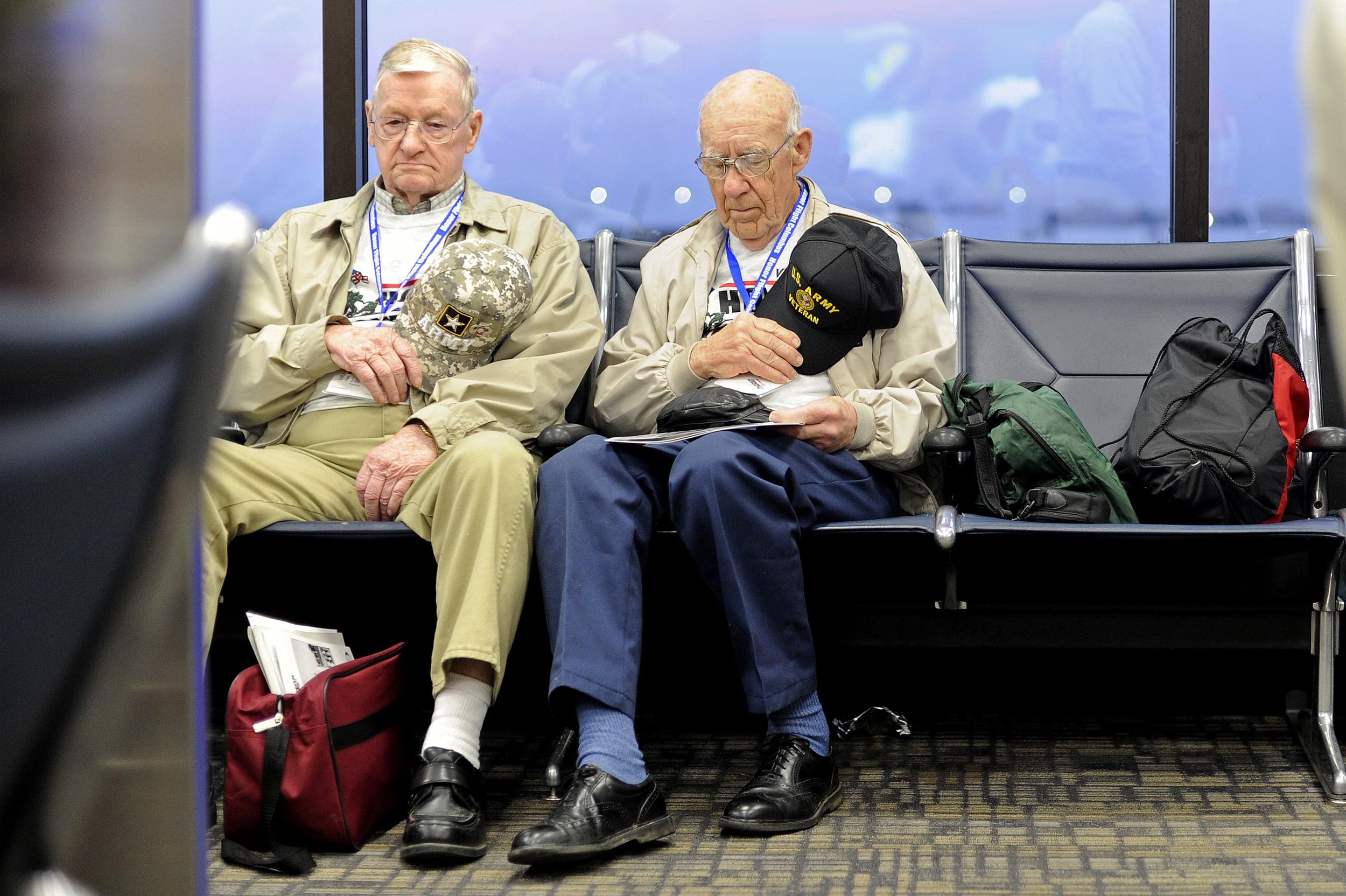 0418 Honor Flight Columbus 07.jpg