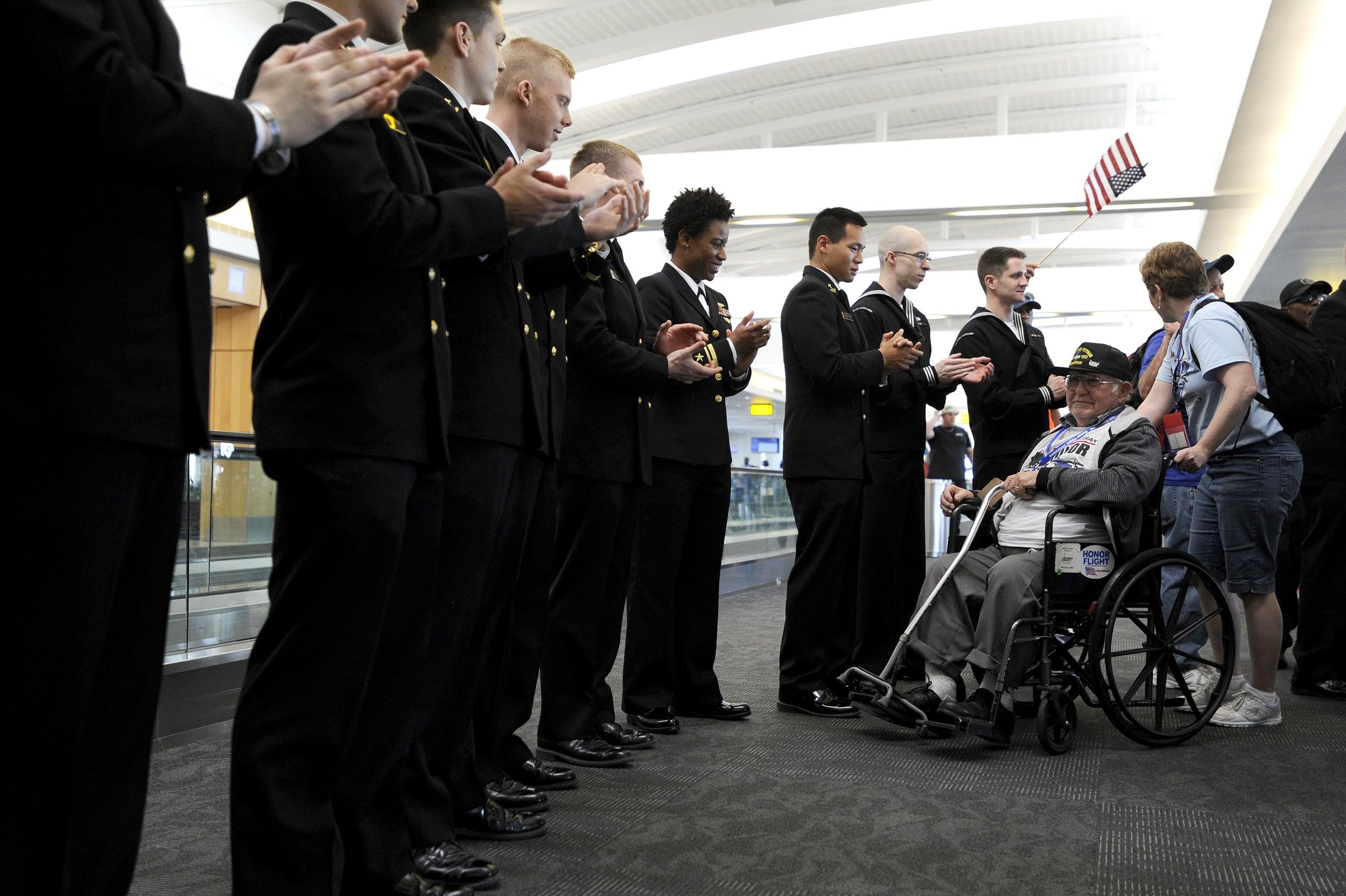 0418 Honor Flight Columbus 14.jpg