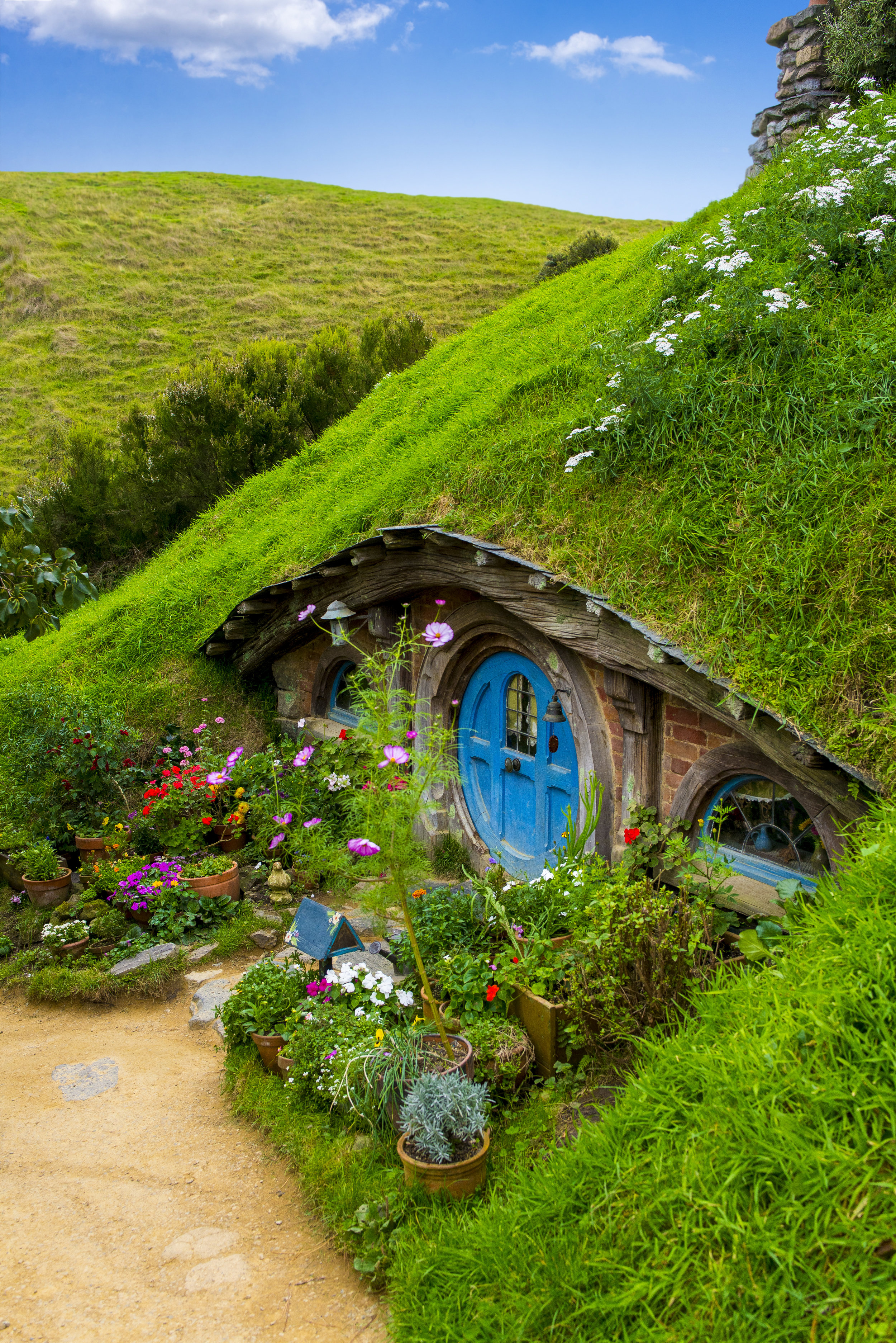 A Hobbit home on the Hobbiton movie set in Matamata. (Elise Marie Photography)