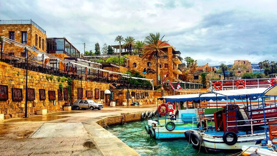 lebanon-byblos-roadtrip-old-city-ancient-archit-2-6-2017-6-14-36-pm-l.jpg