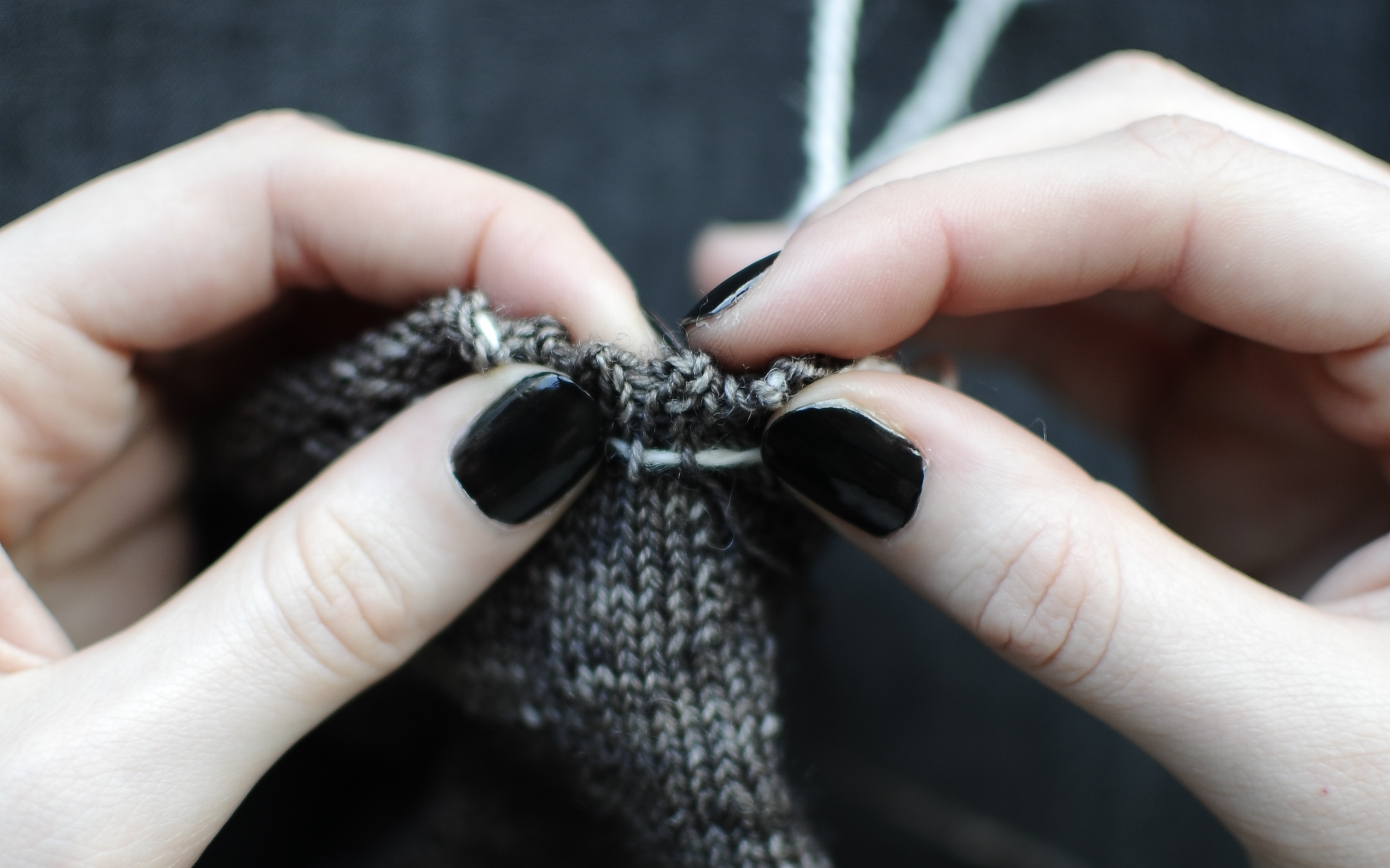 3. Fold down hem to see the picot edging. Thread darning needle with your main yarn (Yarn A).