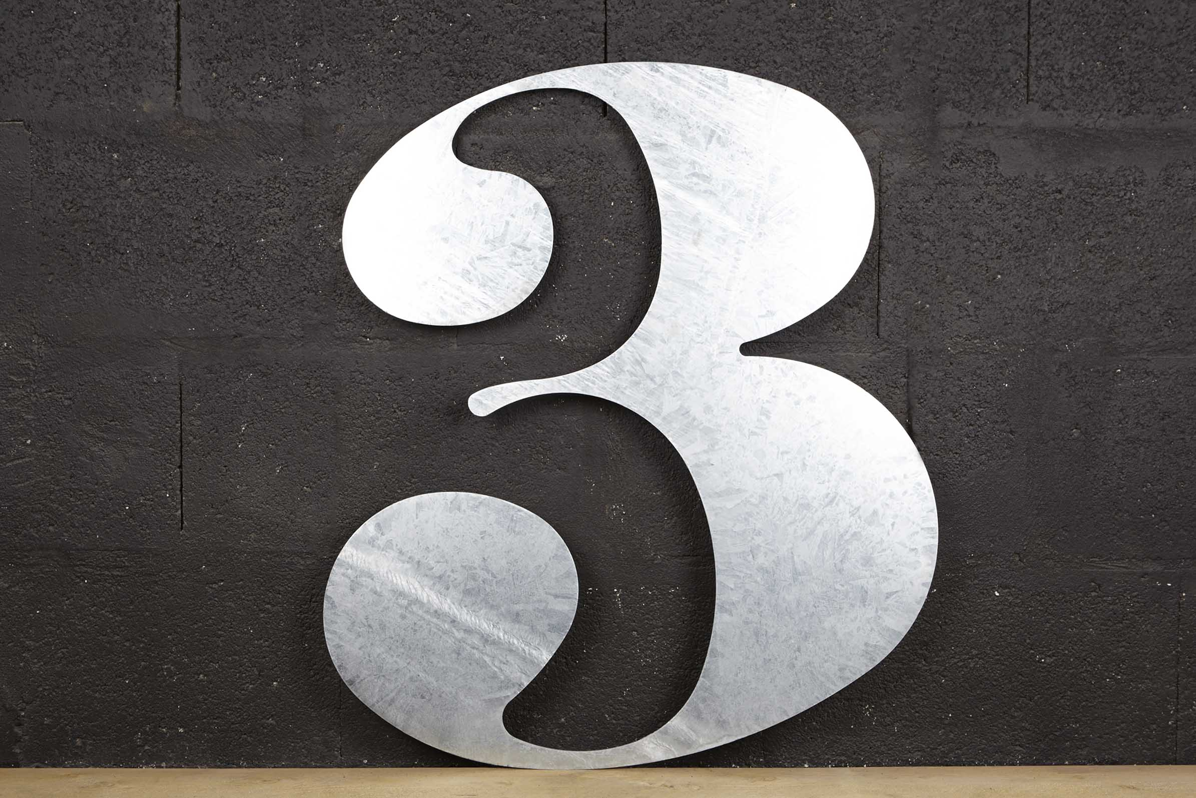 """Numéro 3 """"géant"""""""