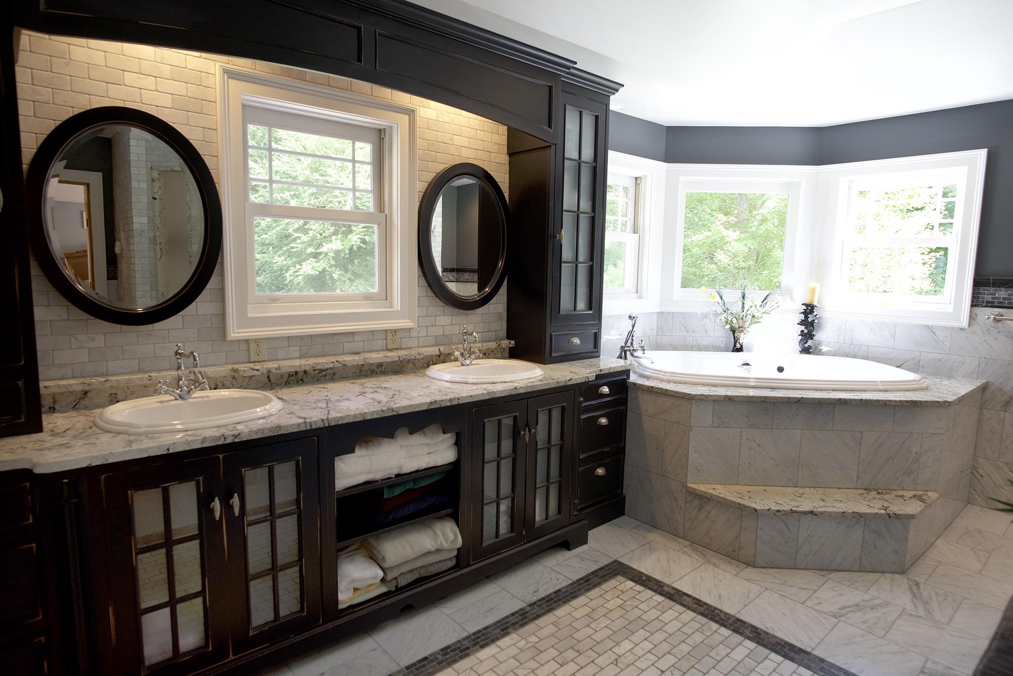 bath tub master.jpg