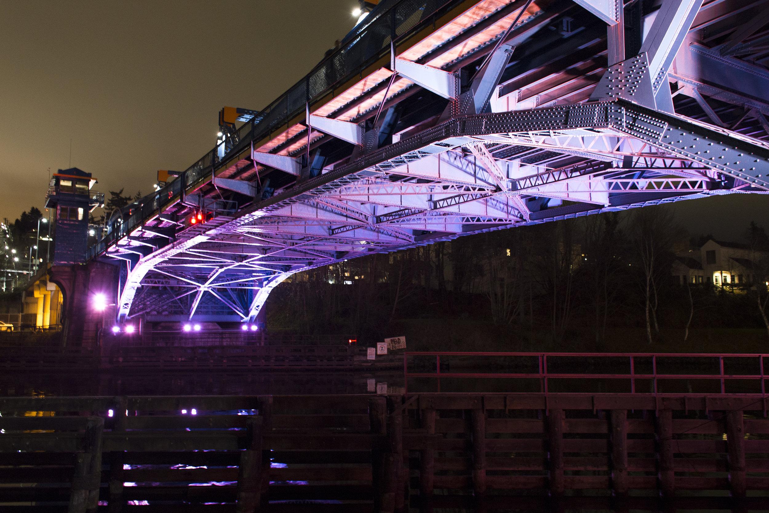 fremont-bridge-lighting_40121928002_o.jpg