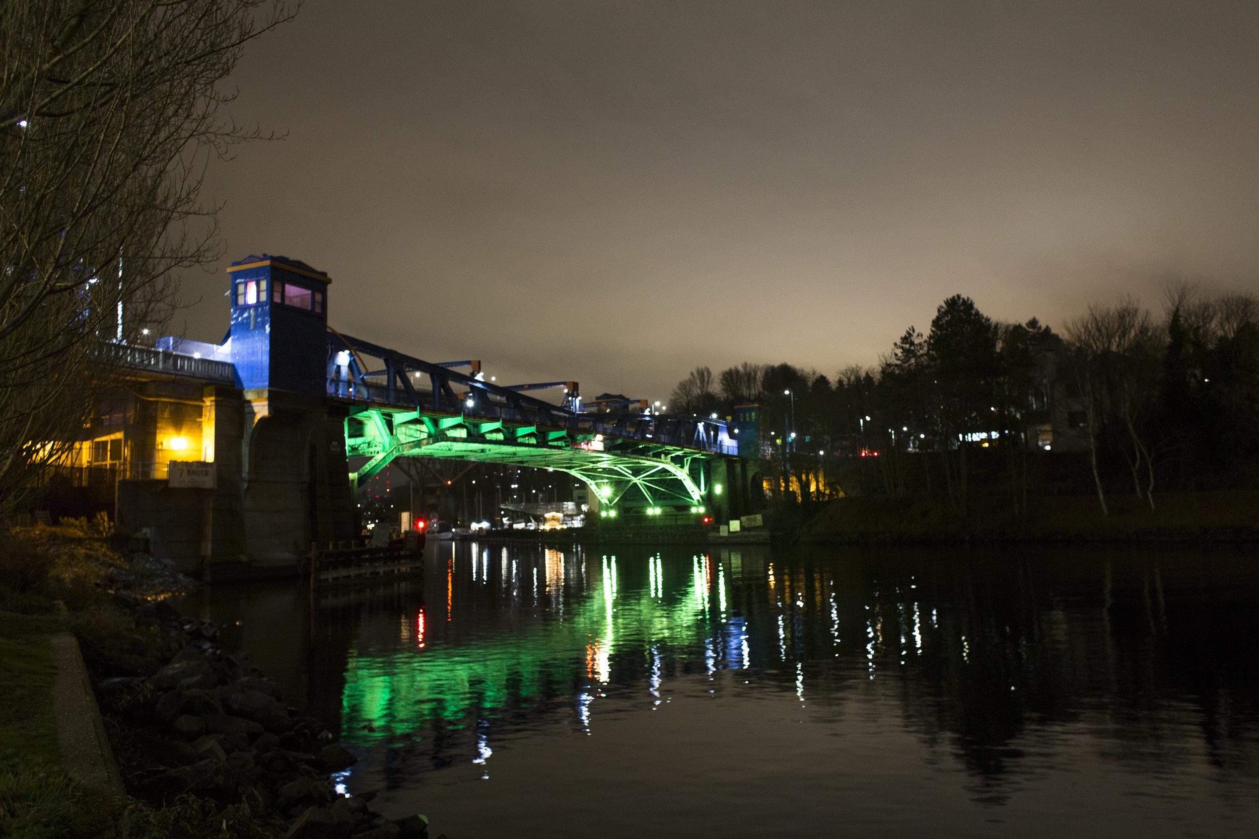 fremont-bridge-lighting_26281249648_o.jpg