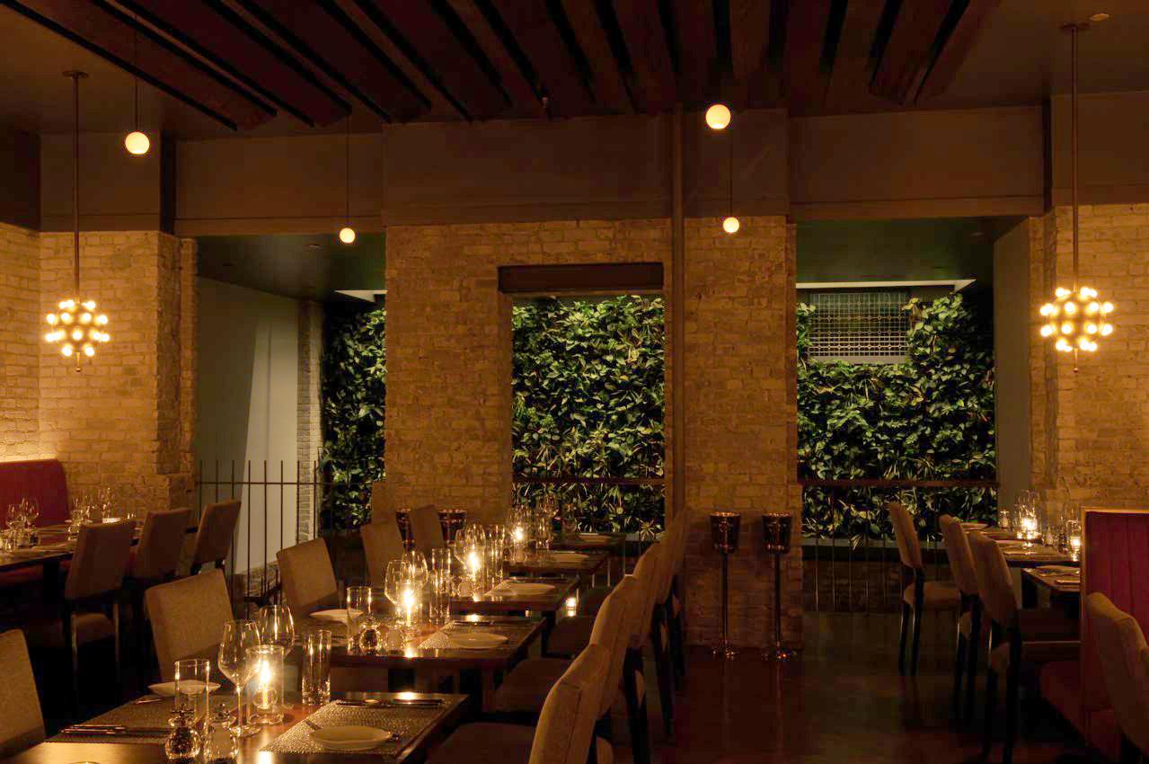B.East_Dining room_Green Wall_2.jpg
