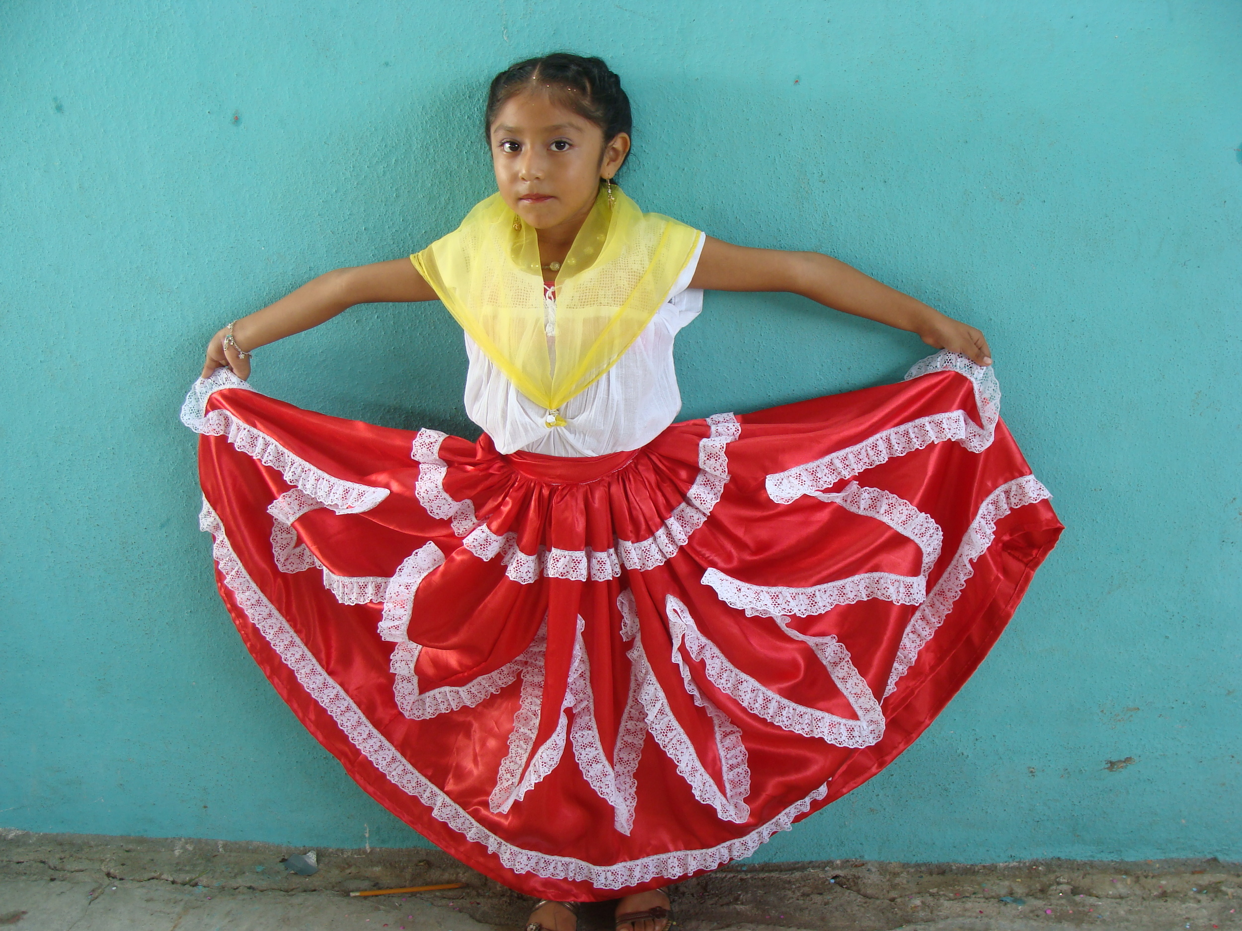 Experience Oaxcan culture and dance