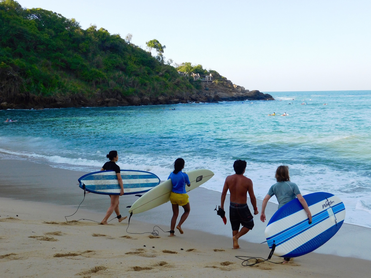 private-to-group surf class