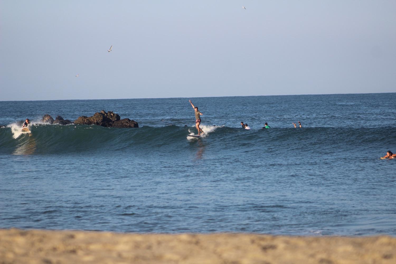 fun-surfing-lesson.jpg