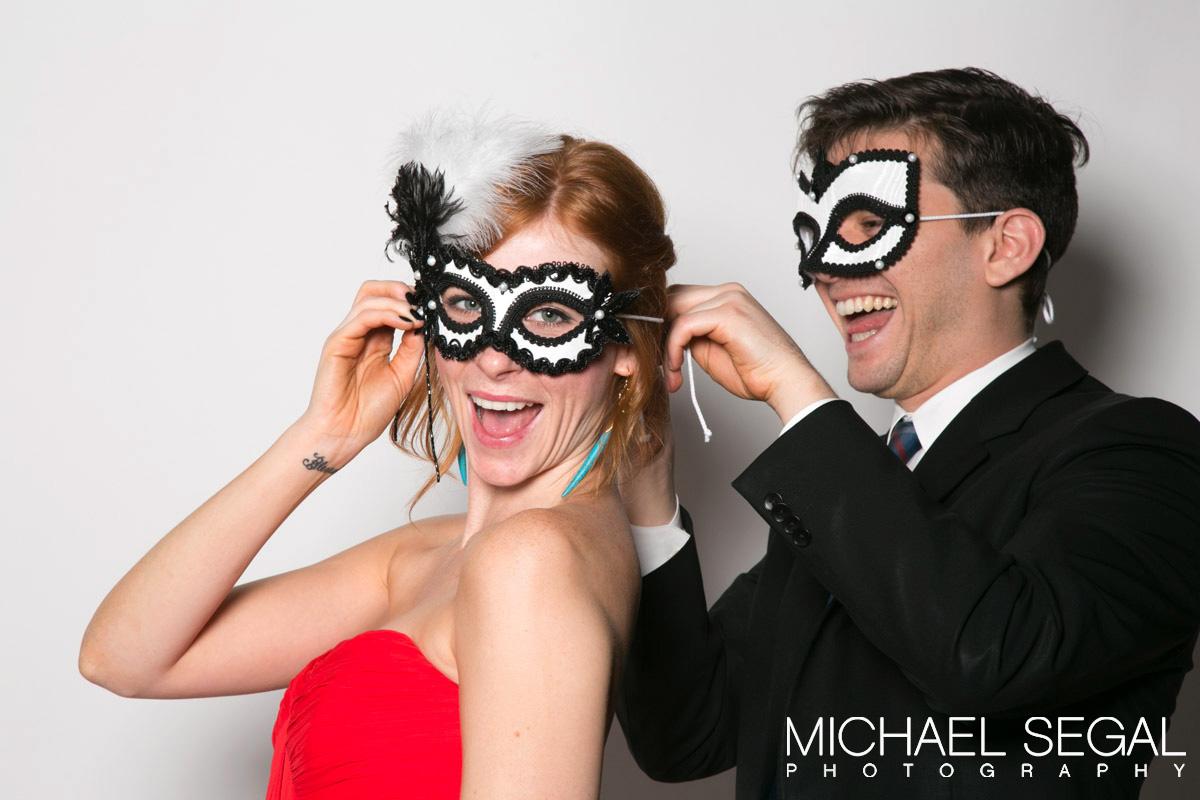 putting-on-masks.jpg